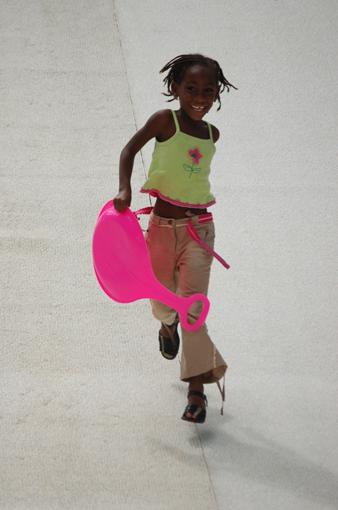 photo: luge-rose planche: couleur